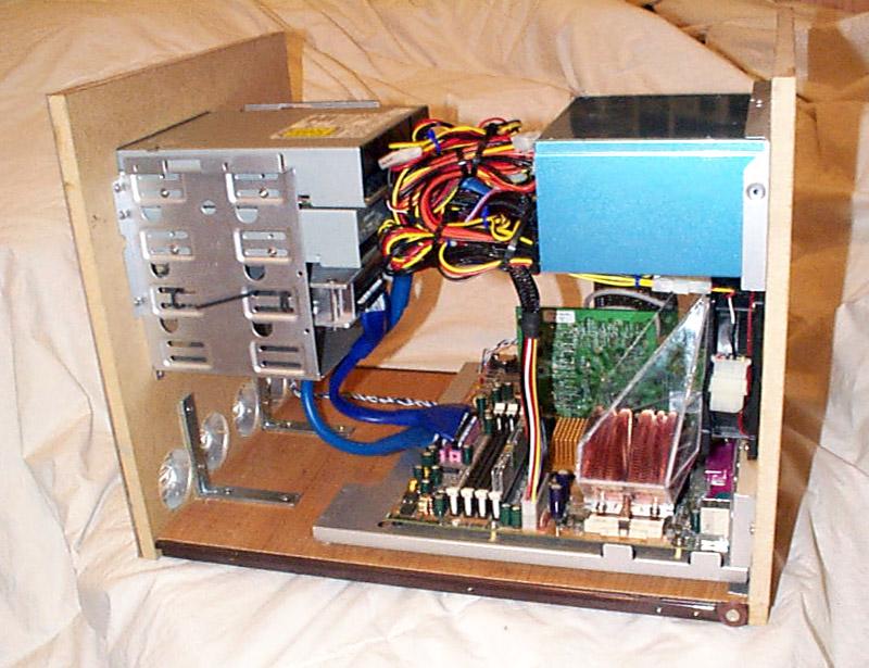 Из чего сделать корпус для компьютера своими руками 96